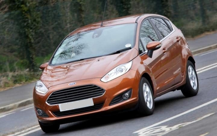 RENT-A-CAR-FORD-FIESTA-BENZIN2
